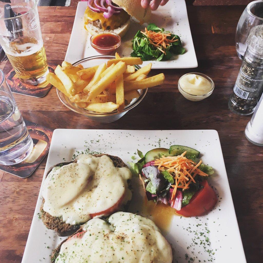 Lekker eten in eetcafé Rosereijn Amsterdam